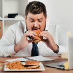 How to Avoid Weight Gain at a Desk Job?